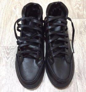 Мужские утепленные ботинки