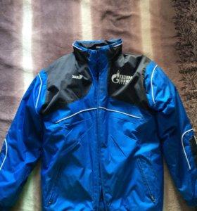Куртка спортивная новая размер 46-48 рост 164