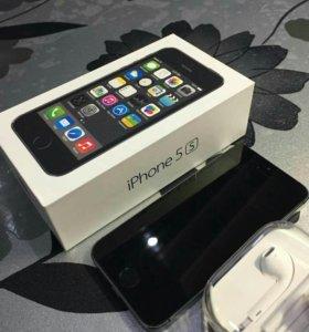 Телефон Apple 5s