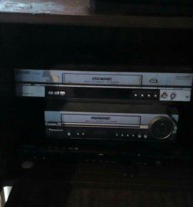 DVD и VHS магнитофоны