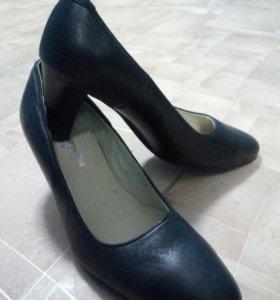 Туфли женские 38 размера новые!!!
