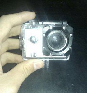 Продаю,экшен камеру!