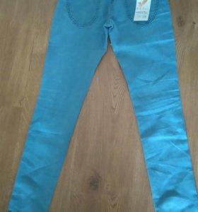 Новые джинсы, размер 26