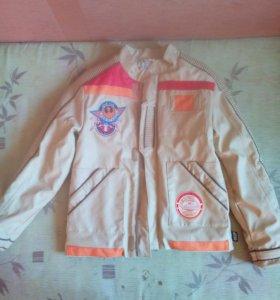 Новая курточка 9-10 лет