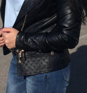 Куртка красивая с мехом