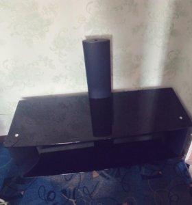 Стекляный стол под жк телевизор