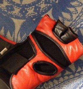 Боксерские перчатки для ММА
