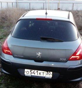 Автомобиль пежо 308