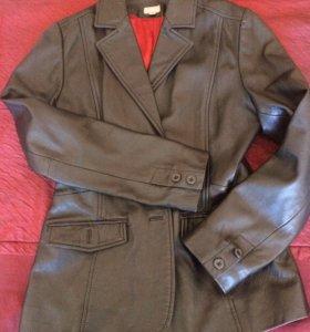 Пиджак-куртка кожаная