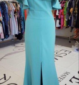 Платье мятное 44р