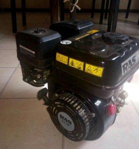Двигатель бензин 6.5 л.с (от генератора)