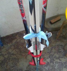Продам лыжи и ботинки