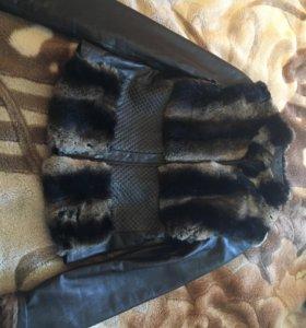 Кожаная куртка,меховая жилетка