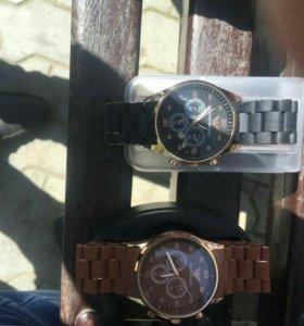 Продаются часы фирмы Emporio Armani. Срочно