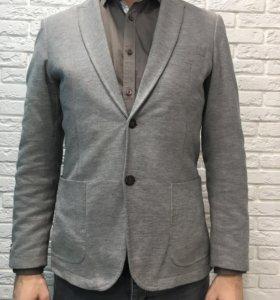Пиджак мужской. Размер EUR 50