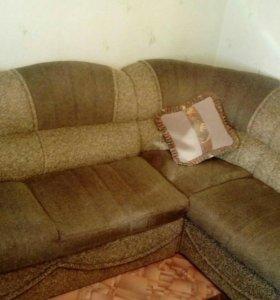Продам мягкую мебель диван с креслом