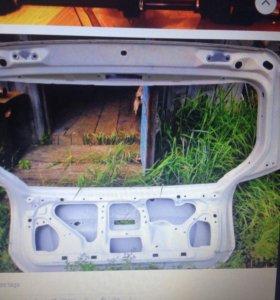 Дверь багажника тойота Алекс/Ранкс