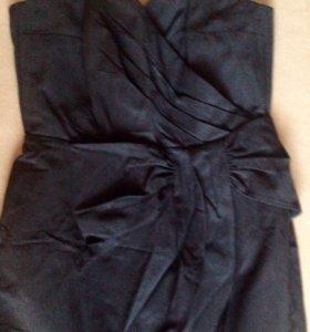 Корсажное чёрное платье