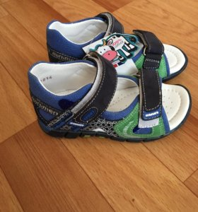 Новые сандали минимен