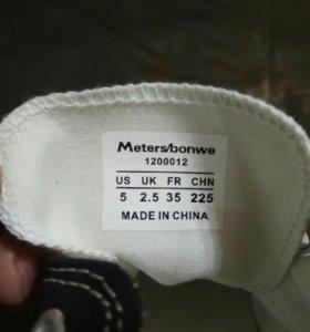 Кеды Meters/bonwe 35 размера,