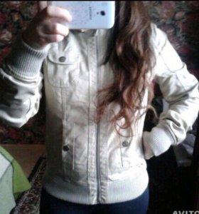 Куртка женская весенняя 42 размер