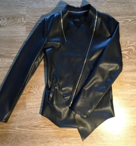 Асиметричная кожаная куртка reserved