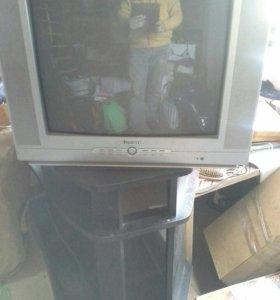 Телевизор Elenberg с тумбой и DVD