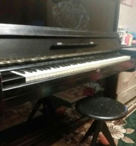 Пианино Заря + стул