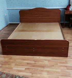 Кровать двух спальная б\ у