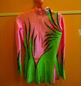 Платье для выступления по фигурному катанию
