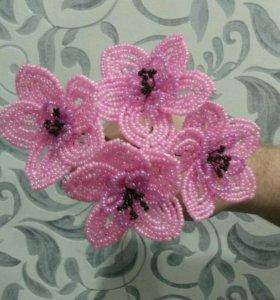 Цветы из бисера. Сувениры. Подарки