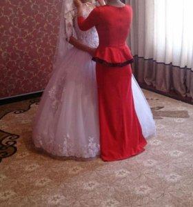 Красное платье +красные туфли