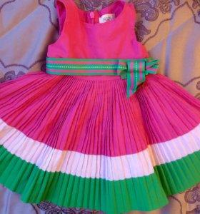 Нарядное платье для девочки 6-9 мес