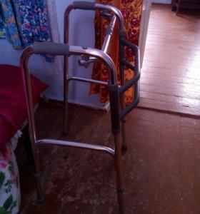 Ходунки для инвалидов новые