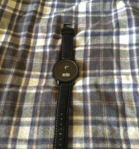 Часы HBA