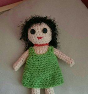 Кукла вязаная
