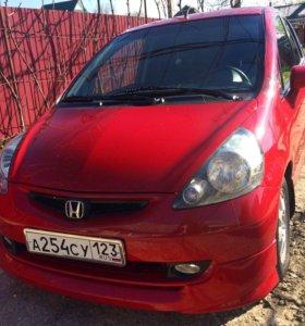 Honda Jazz 1.3 CVT 2007 хечбэк
