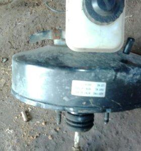 Вакуум тормозной с главным цилиндром