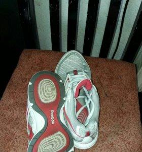 Продам кроссовки...