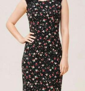 Романтичное новое платье - футляр