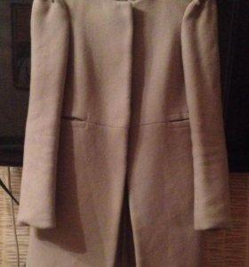 Легкое пальто( тренч)