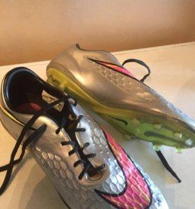 Футбольные Бутсы Nike HYPERVENOM