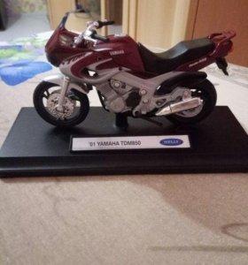 Коллекционные модели мотоциклов WELLY
