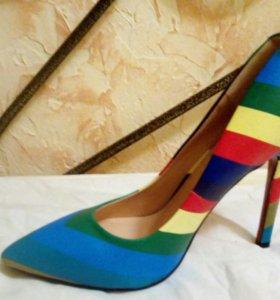 Туфли 39 40 лабутены