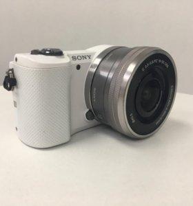 Фотоаппарат со сменной оптикой Sony A5000