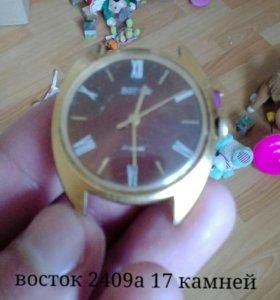 Часы восток 2409а 17 камней