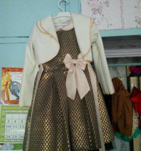 Платье на девочку,ростовка 140
