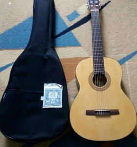 Гитара Hohner HC-06