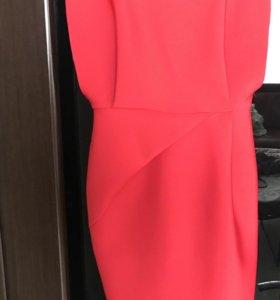 Шикарное ярко красное платье