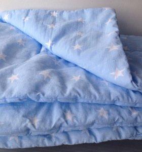Одеяло в детскую кроватку.